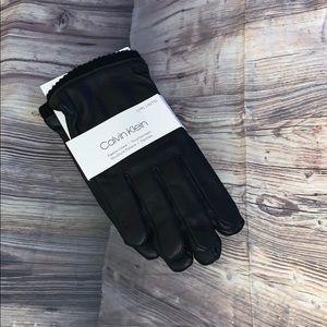 ❄️ Calvin Klein fleece lined touchscreen gloves ❄️
